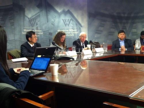 l. to r. Dr. Xuedu Lu (Asian Development Bank), Dr. Jennifer Turner (China Development Forum), J. Stapleton Roy (Kissinger Institute on China and the United States - photo Russ Imrie