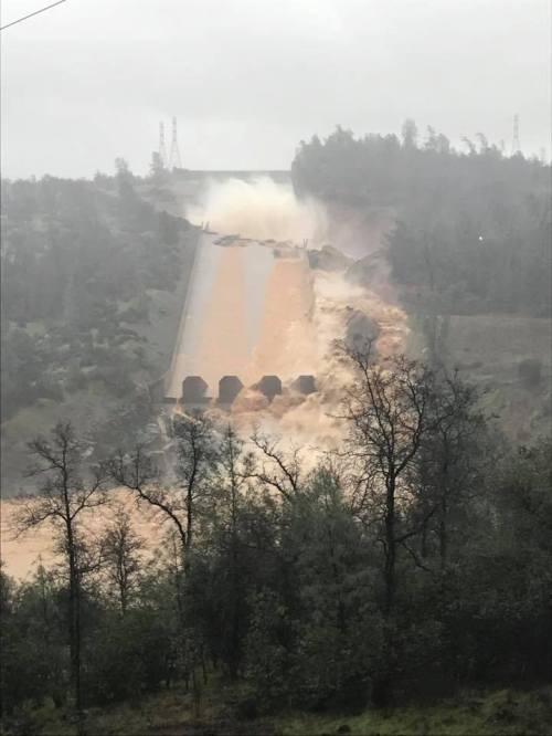 overflow destroys massive Oroville Dam's spillway